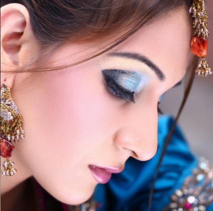 asian-bridal-makeup-engagement and nikah6