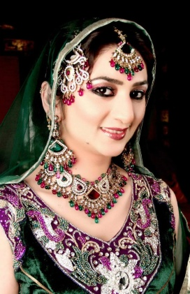 asian-bridal-makeup-green1